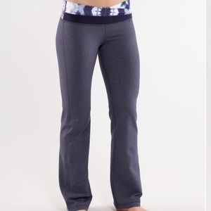 Lululemon - Astro Pants - women's (Size 2)